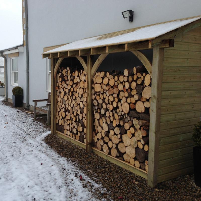 bespoke log stores sheds field house logs. Black Bedroom Furniture Sets. Home Design Ideas